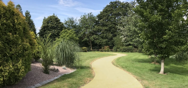 Park Footpath in NatraTex Colour Gold