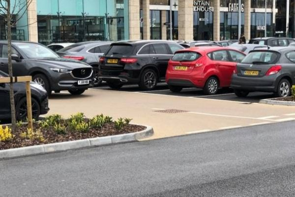 Decorative paving at Thorpe Retail Park Leeds