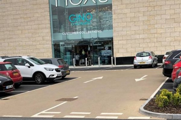 Decorative paving at Thorpe Retail Park Leeds